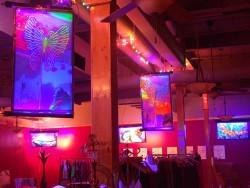 9th Studio Hanging Display